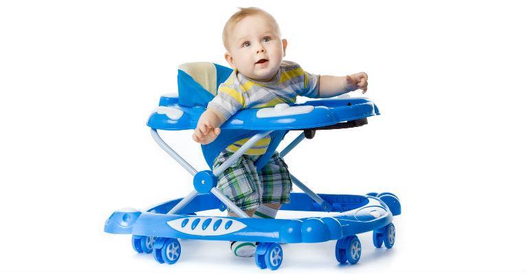 Andadores facilitam traumas e prejudicam o equilíbrio dos bebês